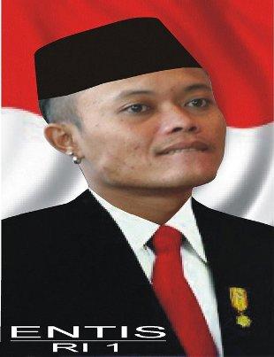 Biografi dan Foto-Foto Lucu Sule Opera Van Java