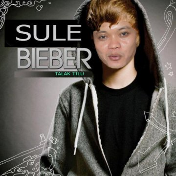 Ane tadi malam menemukan foto-foto lucu Sule (hasil pho