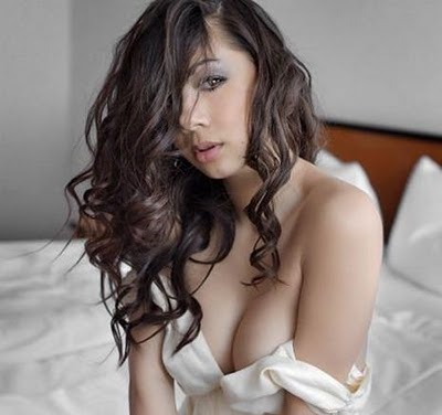Jennifer Kurniawan Hot 2