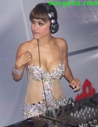 julia perez seksi 3