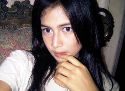 Nina Zatulini 3